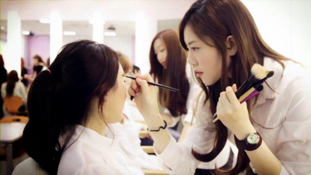 Du học Hàn Quốc ngành trang điểm
