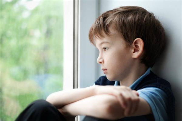 Những câu nói tưởng chừng như vô tình của cha mẹ lại gây tổn thưởng tâm lý nghiêm trọng cho trẻ