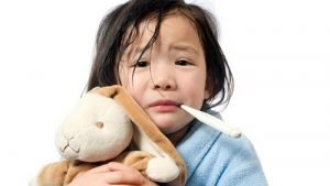 Biện pháp xông hơi giúp bé giảm sốt nhanh chóng