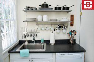 Những chiếc kệ gắn tường giúp bạn tiết kiệm được tối đa không gian nhà bếp