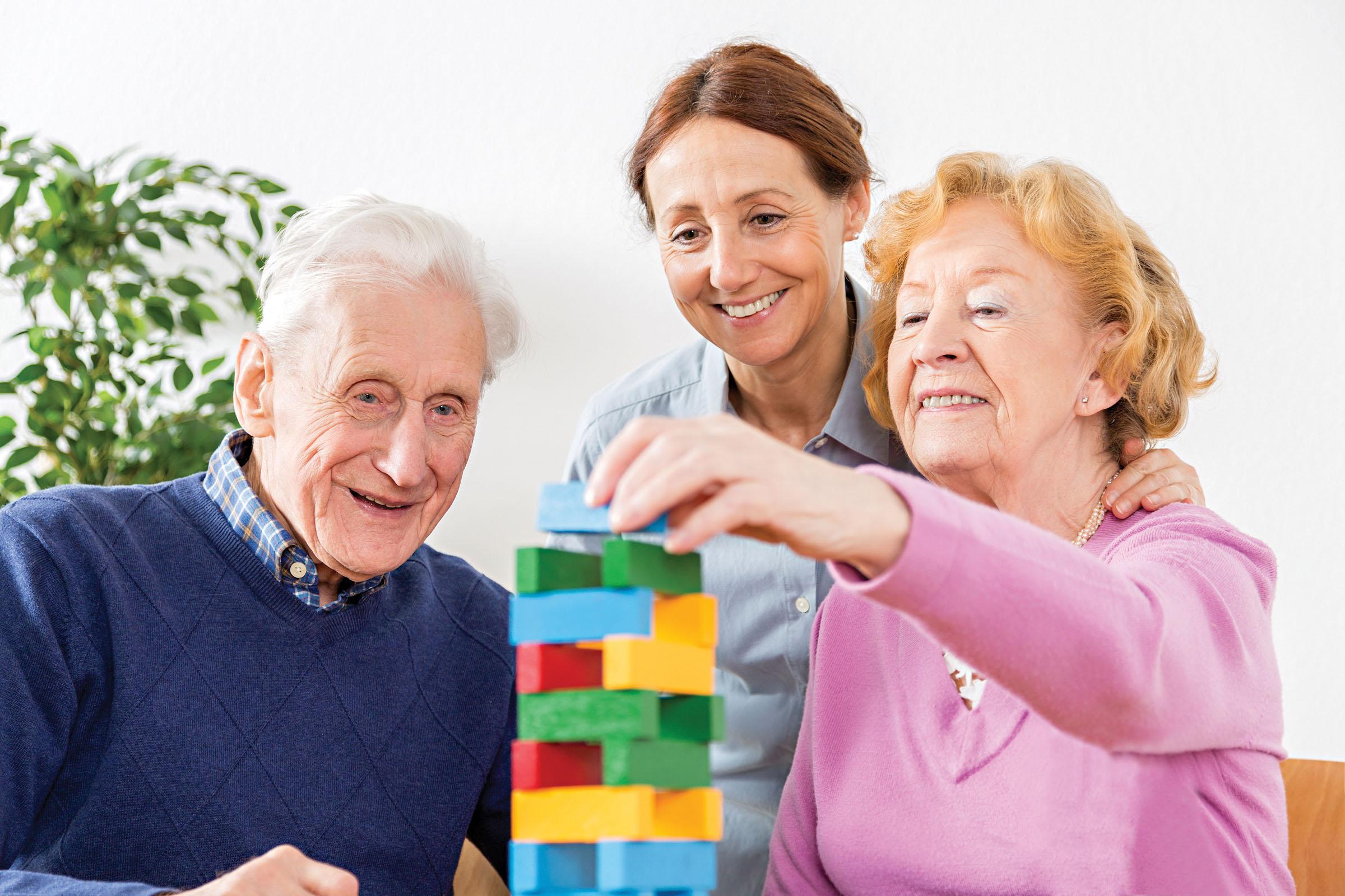 Bệnh nhân Alzheimer cần nhận được sự chăm sóc toàn diện