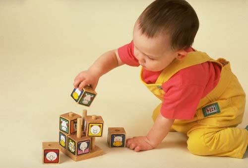 Lợi ích của đồ chơi đối với trẻ
