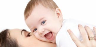 Chọn khăn tắm, khăn sữa cho trẻ sơ sinh như thế nào là an toàn?