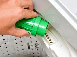 Nên dùng bột giặt hay nước giặt cho máy giặt