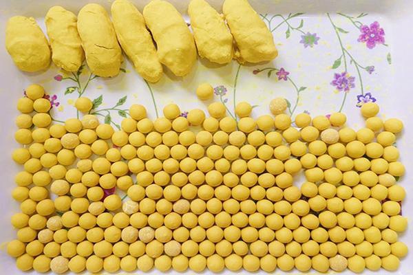 Cách làm viên nghệ mật ong uống đẹp da