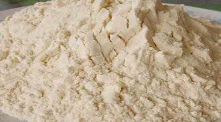 Phụ nữ cho con bú nên dùng mầm đậu nành không?