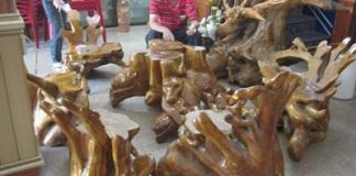 Mẫu bàn ghế phòng khách gỗ trai vàng